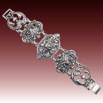 Vintage Heraldic Gothic Lion Silver Tone Link Bracelet