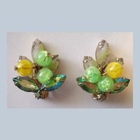 Vintage carved givre green rhinestone clip earrings with dangles