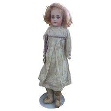 S8H 940 Simon & Halbig Early Doll