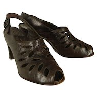 Vintage 40s Delman Brown Cutout Leather Peeptoe Slingback Shoes 6