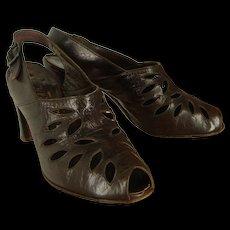 Vintage 40s Delman Brown Cutout Leather Peeptoe Slingback Shoes 6