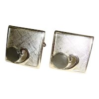 Vintage 1960s Swank Brushed Silvertone Cufflinks w/MOP Accent
