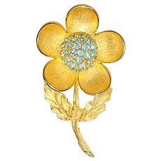 Vintage 60s Weiss Goldtone & Aquamarine Rhinestone Flower Pin Brooch