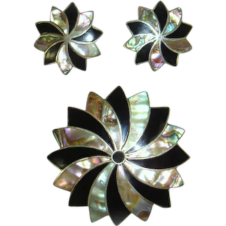 Vintage 50s/60s Mexican Silver Abalone Shell Pinwheel Flower Demi Brooch & Earrings