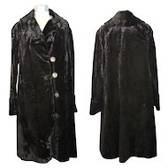 Early 1920s Black Velvet Plush Coat with Carved Shell Buttons M