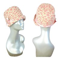 Vintage 1920s Pink & Ivory Braid Cloche Hat w/Ribbon Accent XS