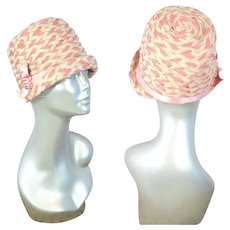 Vintage 1920s Pink & Ivory Braid Cloche Hat w/Ribbon Accent
