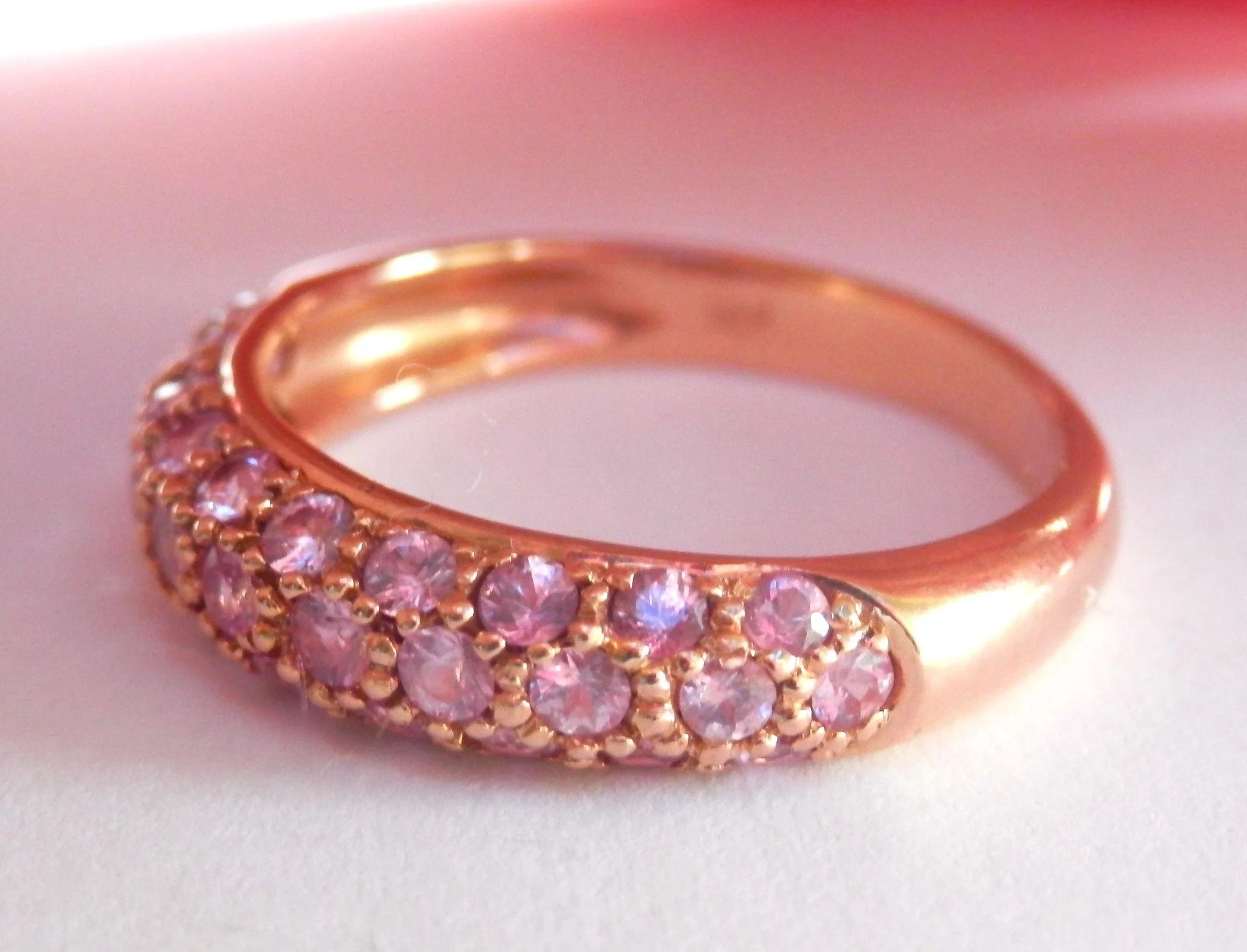 Final Markdown! Lovely 18K Rose Gold Pink Sapphire Pavé Band Ring ...