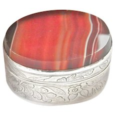 Chinese Silver Banded Agate Pill, Trinket or Snuff Box, 1920-40