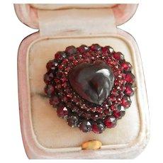 Victorian Garnet Heart Carbuncle Gold Brooch Pin