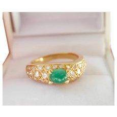 Estate Heavy 18K Gold 0.72 ct. Emerald Diamond Ring