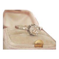 Stunning 18K Gold 0.95 OEC Diamond Solitaire Antique Ring