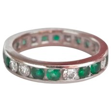 14K White Gold 0.64 ct. Emerald Diamond Band