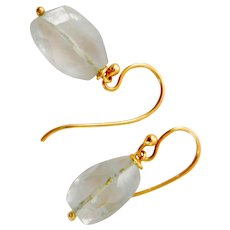 Beautiful 18K Gold Aquamarine Dangle Earrings