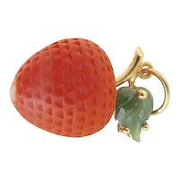 Lovely 18K Gold Carved Coral Strawberry Nephrite Vintage Pendant