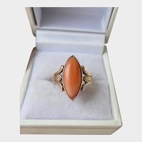 Wonderful Mid-Victorian 9CT 9K Gold Natural Coral Marquise Ring