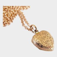 Lovely Victorian 9ct 9K Rose Gold Engraved Heart Locket Pendant