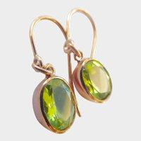 Lovely 9CT 9K Rose Gold Vintage Peridot Dangle Earrings