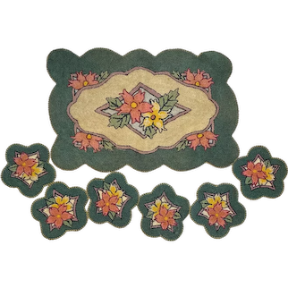 Hand Hooked Rug or Mat Set with Christmas Poinsettias Dollhouse or Drinks Scalloped Edges