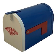 Toy Mailbox Bank with Lock and Key
