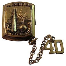 1939 NY World's Fair Locket & Pin with Chain - Red Tag Sale Item