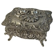 Roses Jewelry Casket Cast Metal