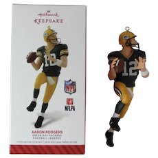Hallmark Keepsake Aaron Rodgers Green Bay Packers Football Legends Series Christmas Ornament Cheesehead Fans Quarterback Great Mens Gift