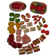 55 Pieces Toy Play Food Plastic Molds from the 1950s Lobster Meatloaf Vegetables Asparagus Eggs and More