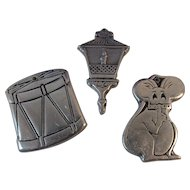 3 Wilton Pewter Christmas Ornaments Drum, Mouse and Street Lamp