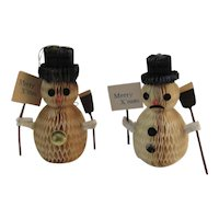 2 Honeycomb Snowman Christmas Figurines Ornaments with Merry X'mas Signs Snowmen