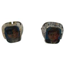 2 JFK Flicker Toy Rings Lenticular Flag Memorial Memorium 1963 Two Images Face and Flag 35th President John F Kennedy
