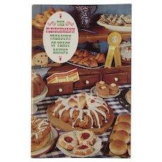 1962 The Fleischmann Treasury of Yeast Baking Vintage Cookbook by Mary Lynn Woods
