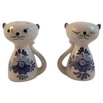 Kitty Cat Salt and Pepper Shakers Awake and Asleep Blue White Pottery