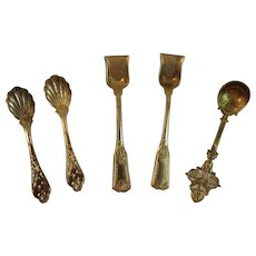 5 Salt Dip Spoons Metal with Gold Wash Vintage Miniature Cellar