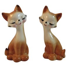Kitty Cat Salt and Pepper Shakers Vintage Japan