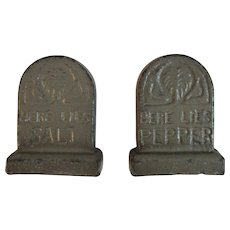 Cast Iron Headstone Grave Salt and Pepper Shakers Vintage Halloween Decor