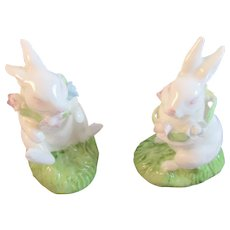 2 Bone China Bunny Rabbit Figurines Bunnies with Flower Garlands