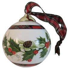 Royal Stewart Tartan Christmas Ornament Bone China Grafton England English Holly