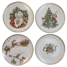Fitz and Floyd St. Nicholas Dessert Plate Set Santa Claus Tree Candy Canes Reindeer Sleigh in Original Boxes Vintage 1978 1970s