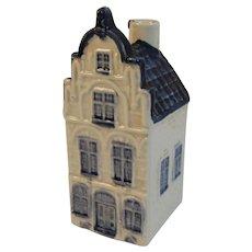 KLM Miniature Blue Delft House Liquor Bottle Apricot Brandy Rynbende Distilleries Holland