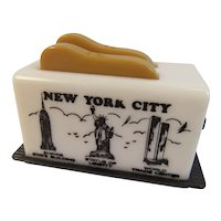 Vintage Toaster Salt and Pepper Shaker Set New York City Souvenir World Trade Center Empire State Building State of Liberty