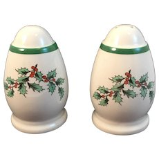 Spode Christmas Tree Holly Salt and Pepper Shakers Vintage Holiday Tableware