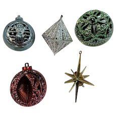 5 Bradford Unbreakable Ornaments Vintage Christmas Mid Century Atomic Reticulated Star
