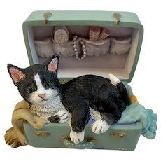 Lenox Kitty's Grand Tour Kitty Cat in a Suitcase Figurine