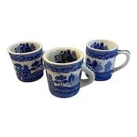 3 Blue Willow Coffee Mugs Cups Pattern Inside