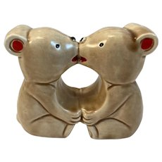 Kissing Bear Salt and Pepper Shaker Set Vintage Japan