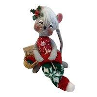 1993 Annalee Knitter Christmas Mouse Knitting Stocking Hat Basket of Yarn