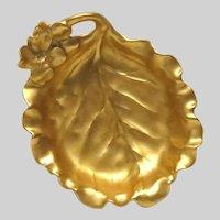Stunning Gold Gilded Gilt Fine Porcelain Molded Leaf Dish