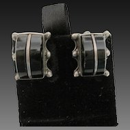 Vintage mexican Sterling Silver & Onyx Earrings Screw Backs Classic
