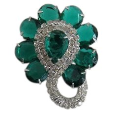 Elegant Green Pear-Shaped and Clear Chaton Rhinestone Brooch